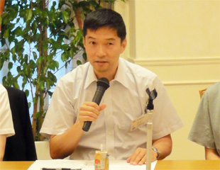 遠藤座長の全体会議開会の挨拶